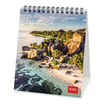 Desk Calendar 2022 - 12 X 14.5 Cm