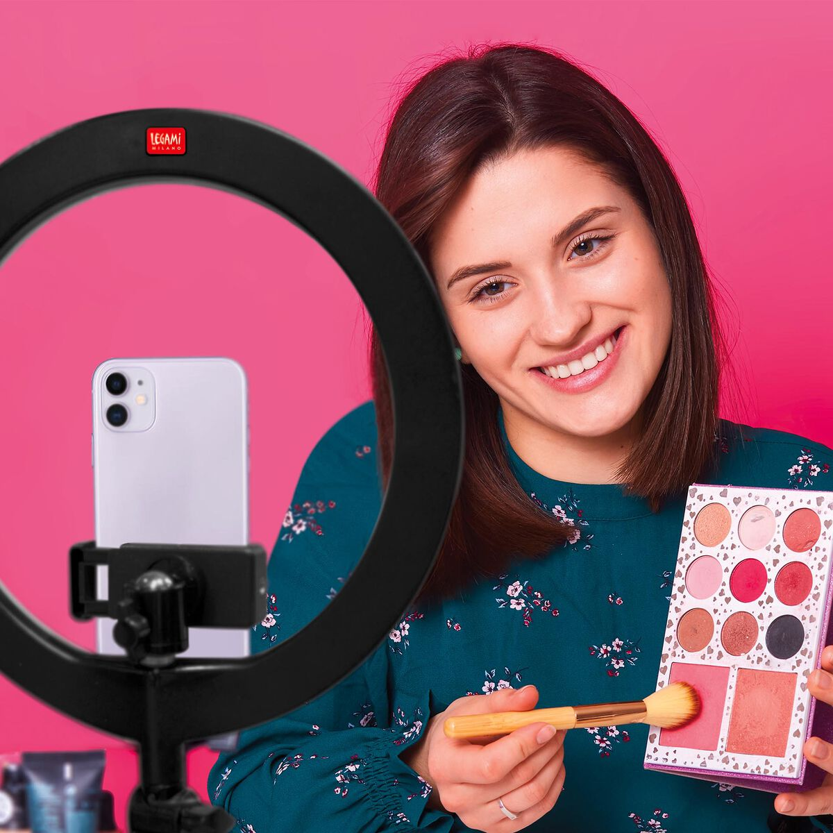 Queen of the Ring - Led Ring Light, , zoo
