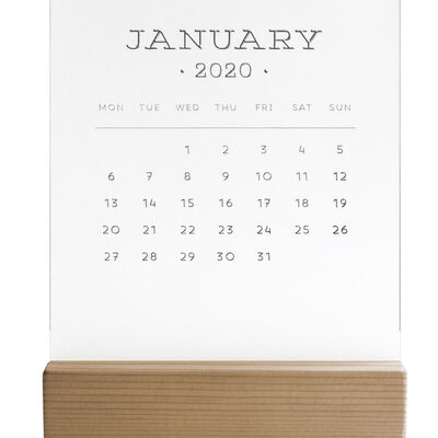 2020 - Calendar With Wooden Base